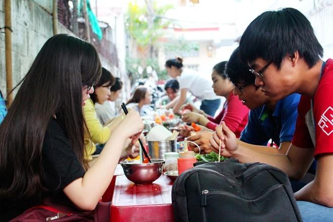 địa điểm ăn vặt nổi tiếng ở sài gon