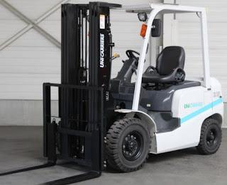 Xe nâng diesel TCM 3 tấn