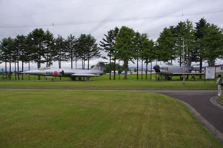ロッキードF-104(左)F-80