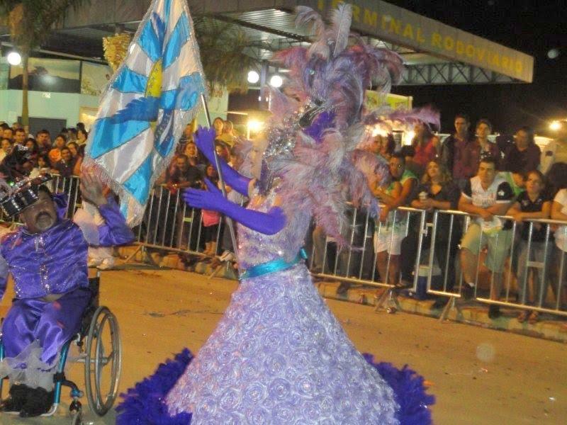 Diretor De Carnaval Deixa Tradicional Escola De Sp: PROF. ROBERTO DA COLINA: ESCOLA DE SAMBA MOCIDADE