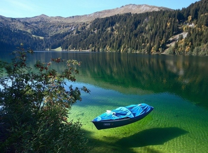 Arnensee Lake In Switzerland