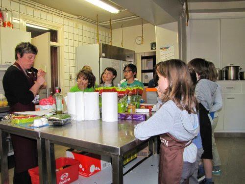 Alweer een nieuwe editie van koken voor kids! Goedele legt alles duidelijk uit.