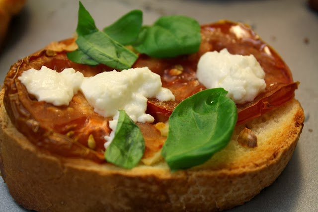 Crispy tomato and goat cheese bruschetta from dontmissdairy.com