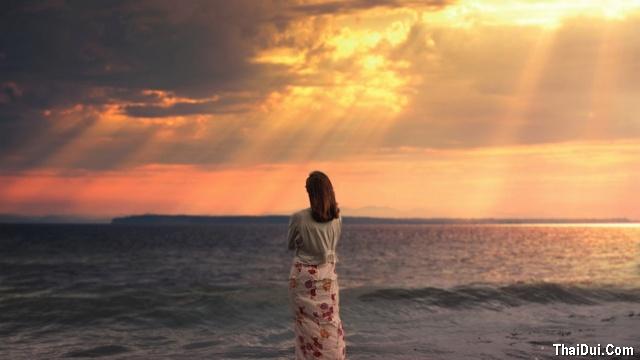 thơ nhớ mẹ khi đứng trước biển