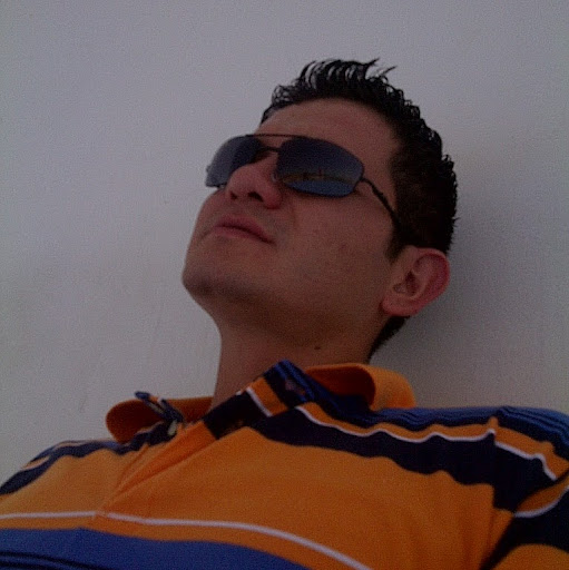 Enrique Saavedra Photo 28