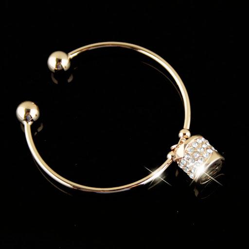 ~~مجوهرات الالماس والفضة الرائعة 2013 ~~ MLTS021460270.JPG