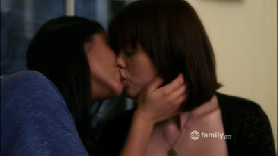 Lindsey Shaw and Shay Mitchell, Lesbian Kiss Pretty Little Liars Watch Online lesmedia