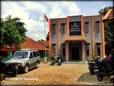 Kantor Desa Cipelang