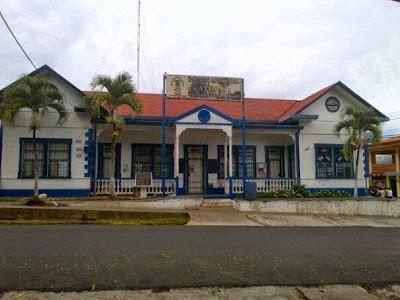 Resultado de imagen para palacio municipal de Atenas, Alajuela