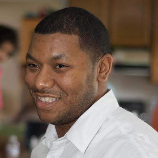 Derrick Johnson Photo 39