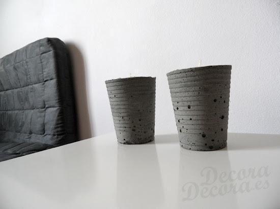 Candelabros de cemento hechos a mano.
