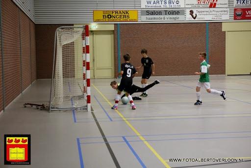 knvb jeugd zaalvoetbaltoernooi overloon 16-06-2013 (7).JPG