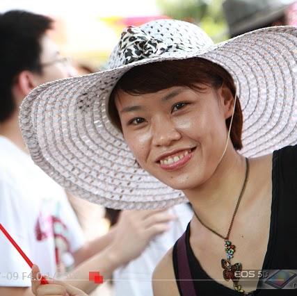 Li Tang Photo 37