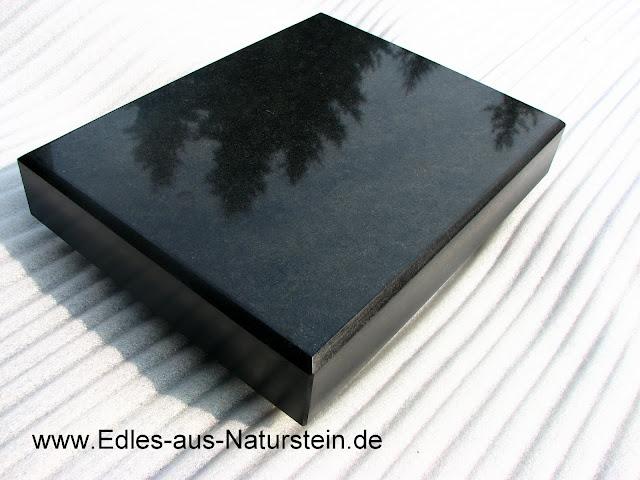 Stein Grabschmuck Sockel Schwarz 20 20 6 Naturstein Granitplatte Fur