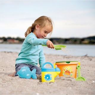 8 lí do tại sao chơi cát tốt cho trẻ em