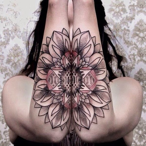 amazing flower tattoos for girls forearm