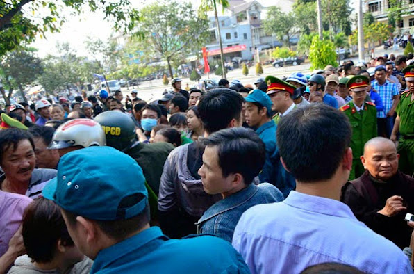 Đà Nẵng hoãn tổ chức bắn pháo hoa đêm giao thừa - ảnh 1