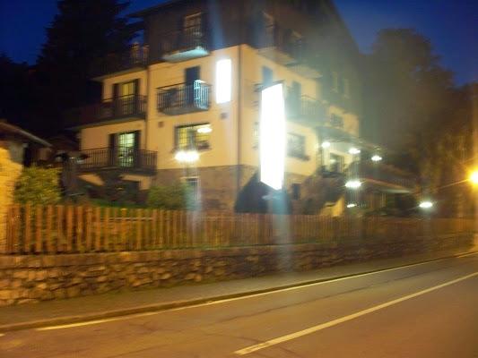 Hotel Relax, Via Bergamo, 3, 24020 Selvino Bergamo, Italy