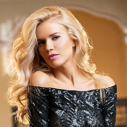 Nelly Petkova Photo 10