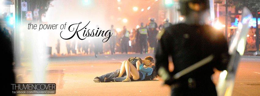 Ảnh bìa hôn nhau cho facebook timeline