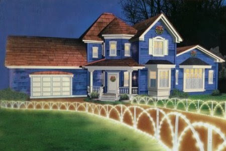 8 Foot Lighted White Christmas Pathway Fence - Clear Lights