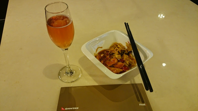 DSC 4571 - REVIEW - The Lounges of LHR T3 - EK, CX and BA (September 2014)