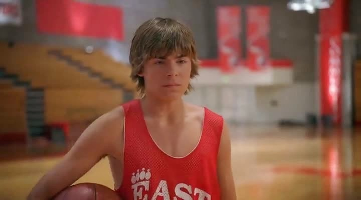 Screen Shot Of Hollywood Movie High School Musical (2006) In Hindi English Full Movie Free Download And Watch Online at alldownloads4u.com