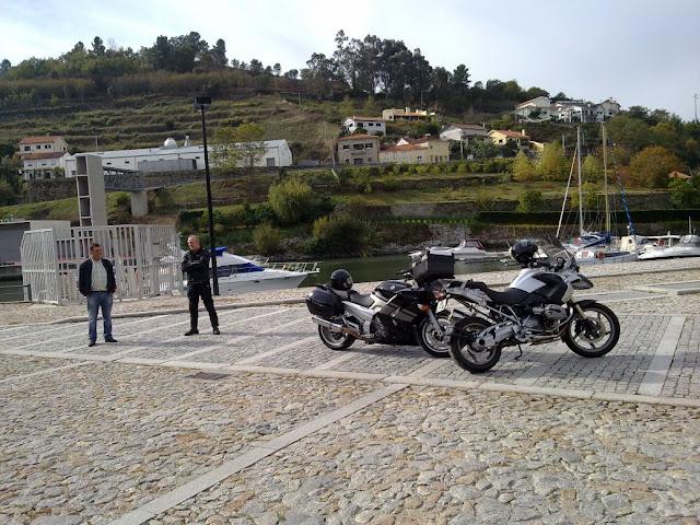 Elísio - Carlos Rosa e Elisio foram ao Pinhão! 291020111711