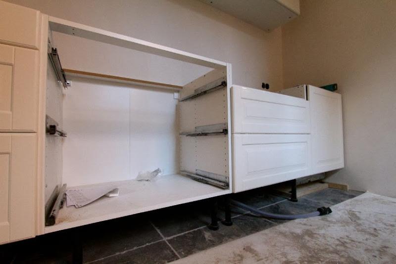Ikea Keuken Installeren : Een ikea keuken plaatsen dat valt nog niet mee de keuken is nog