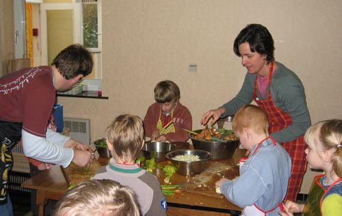... koken voor kleine mannen met Inge en Lieven ...