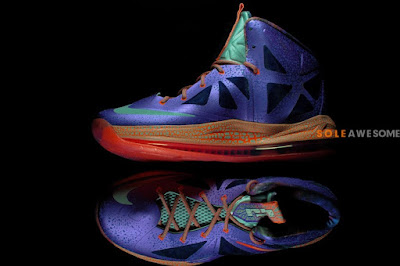 nike lebron 10 gs galaxy 2 05 A Detailed Look at Nike LeBron X GS Galaxy (543564 500)