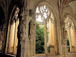 Resultado de imagen de Claustro del Monasterio de San Juan de los Reyes