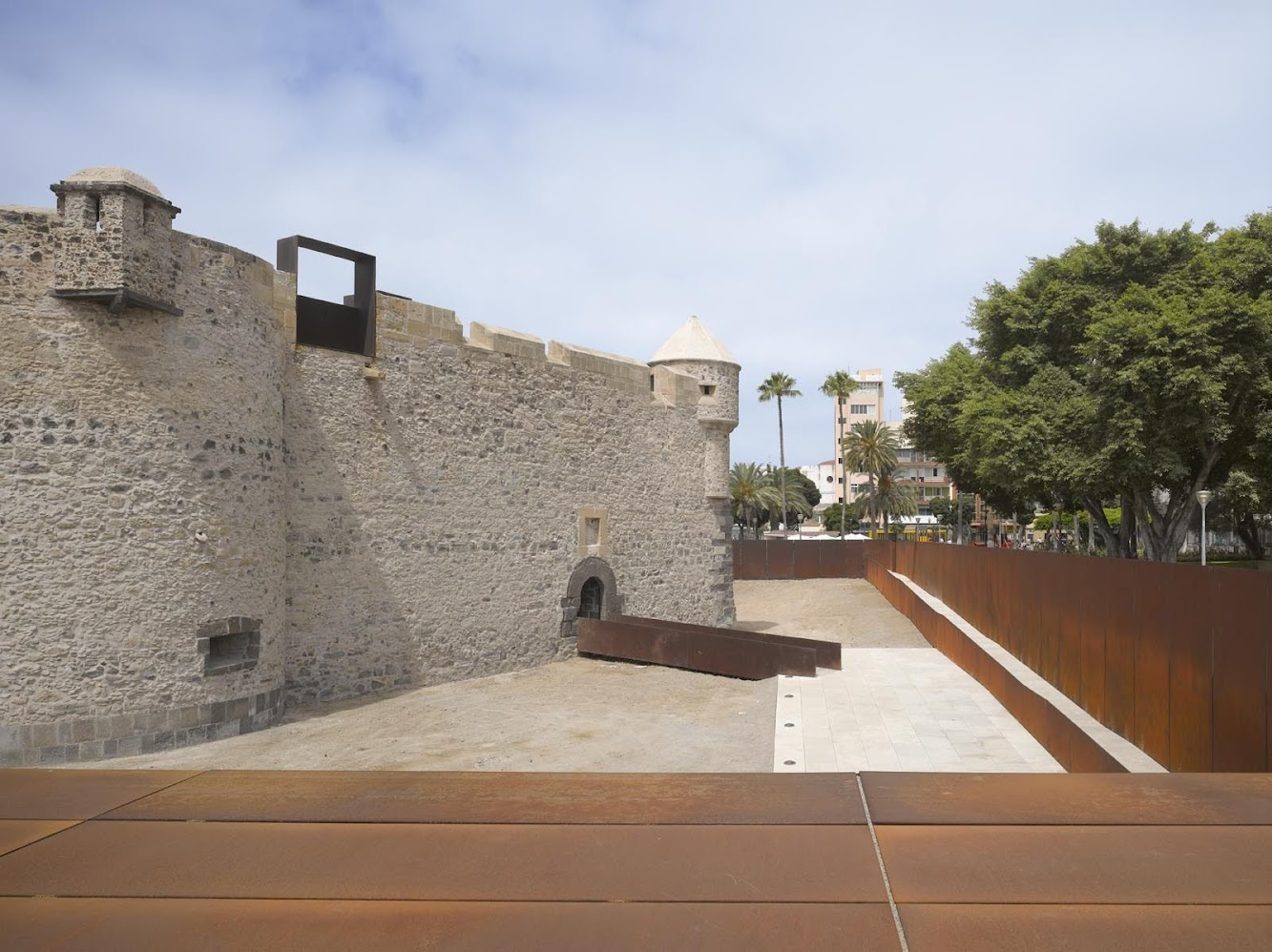 Castillo de la Luz Museum Extension by Nieto