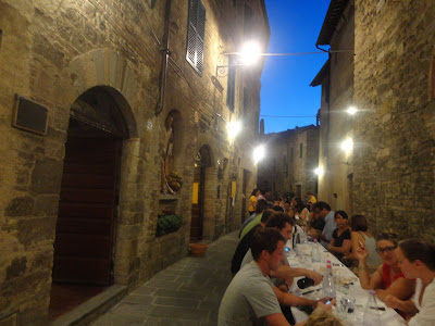 Travaglio alfresco dinner in Montalcino