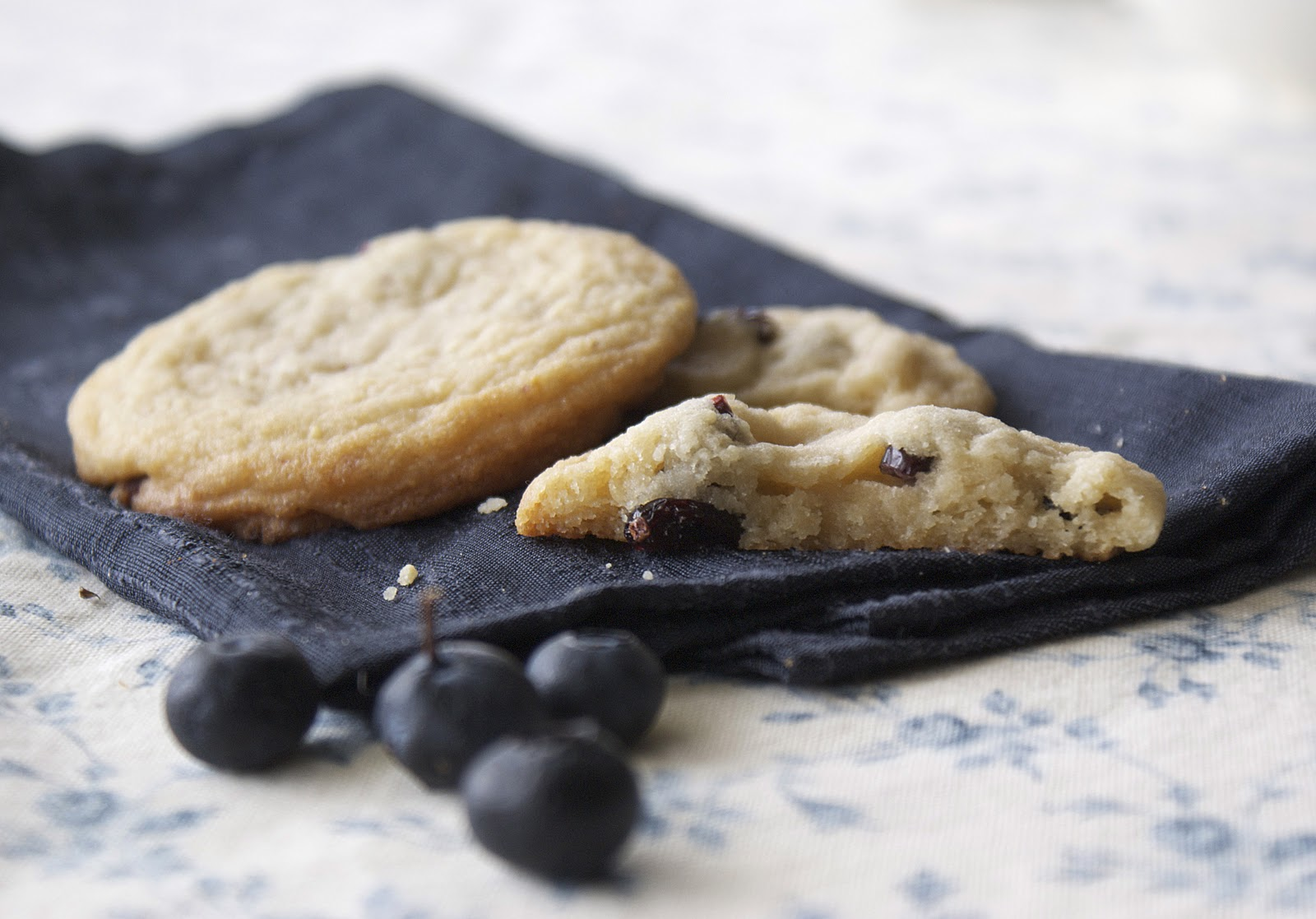 Blueberries and Cream Cookies ~ Heat Oven to 350
