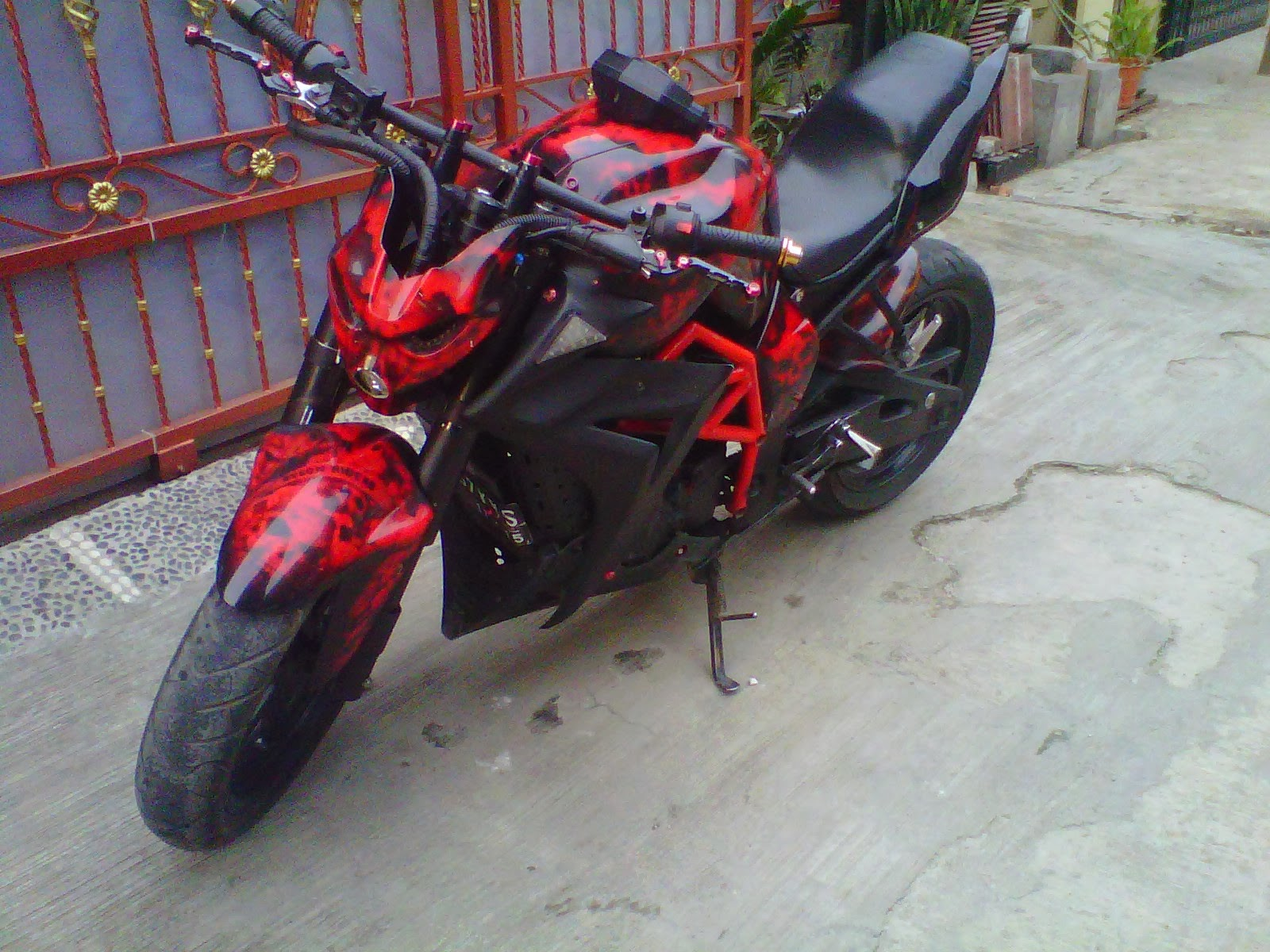 contoh modifikasi byson fighter