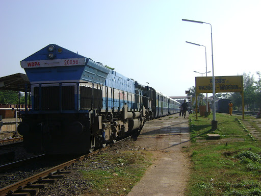 how to go madgaon to calangute