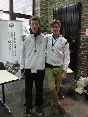 Jo Lambrechts en Frans Swinnen behaalden beiden zilver. Jo bij floret en Frans bij sabel.