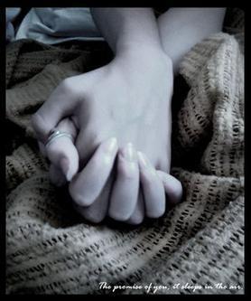 nắm tay và làm tình
