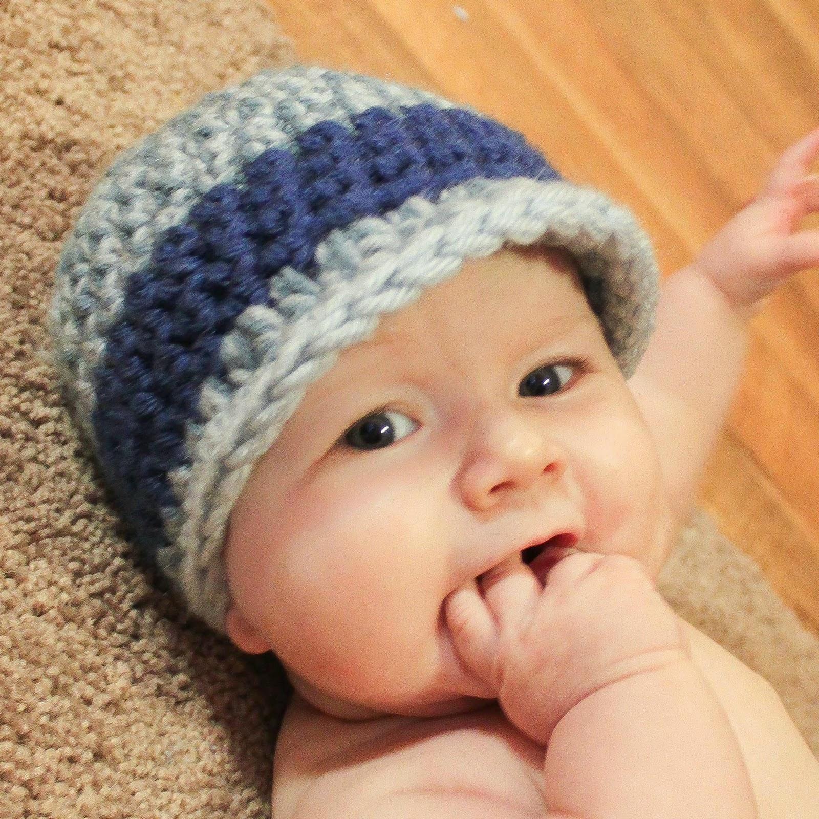 Phát triển ngôn ngữ cho trẻ từ 4 – 7 tháng tuổi