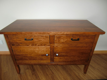 Lancaster Sideboard in Antique Cherry