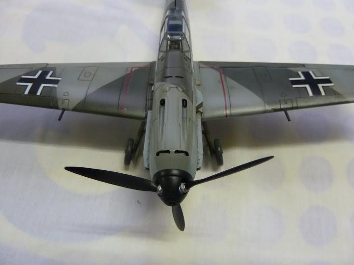 Bf-109 E-3 Tamiya 1/48 - Reforma pintura P1020657