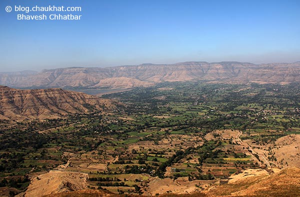 Breathtakingly beautiful panoramic scenery from Harrison's Folly near Panchgani hill station