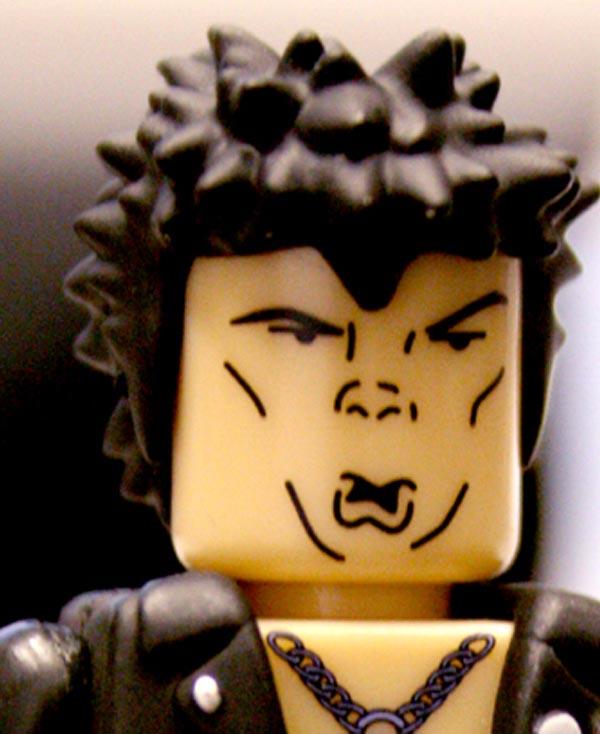 Cabelo de boneco tipo Lego