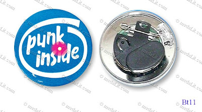 Button Badge with flashing LED