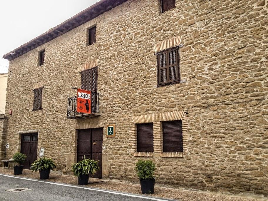Albergue de peregrinos Usda, Obanos, Navarra, Camino de Santiago