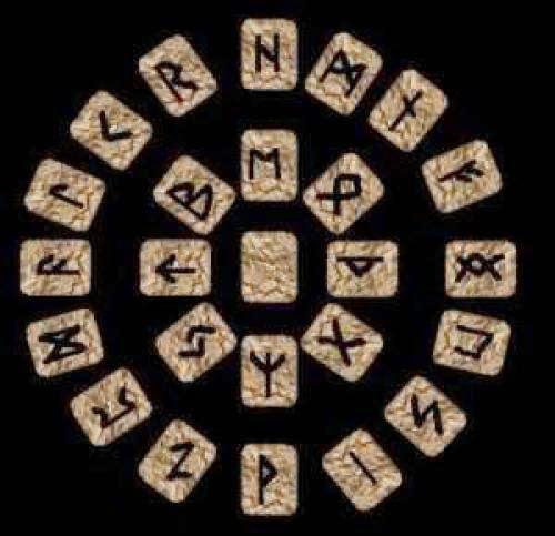 Hubby Rune Board