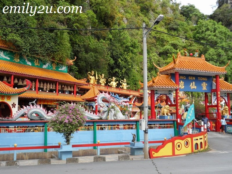 Ling Sen Tong cave temple