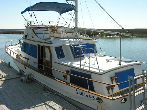 Paradise Yachts Blog: 1986 43' Albin Trawler for Sale