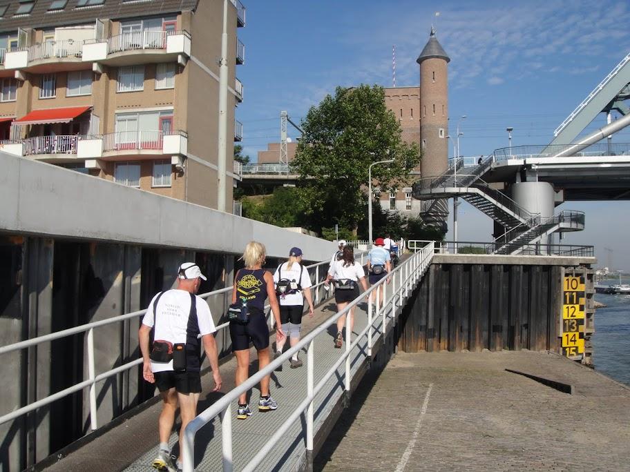 160km en ligne: Nimègue-Rotterdam: 21-22 septembre 2013 DSC01477